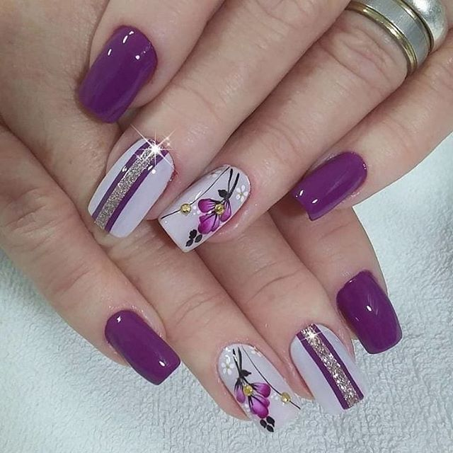 30 Cool and Easy Halloween nail art designs for Women img 5