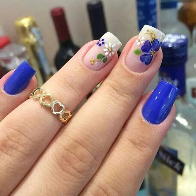 30 Cool and Easy Halloween nail art designs for Women img 6