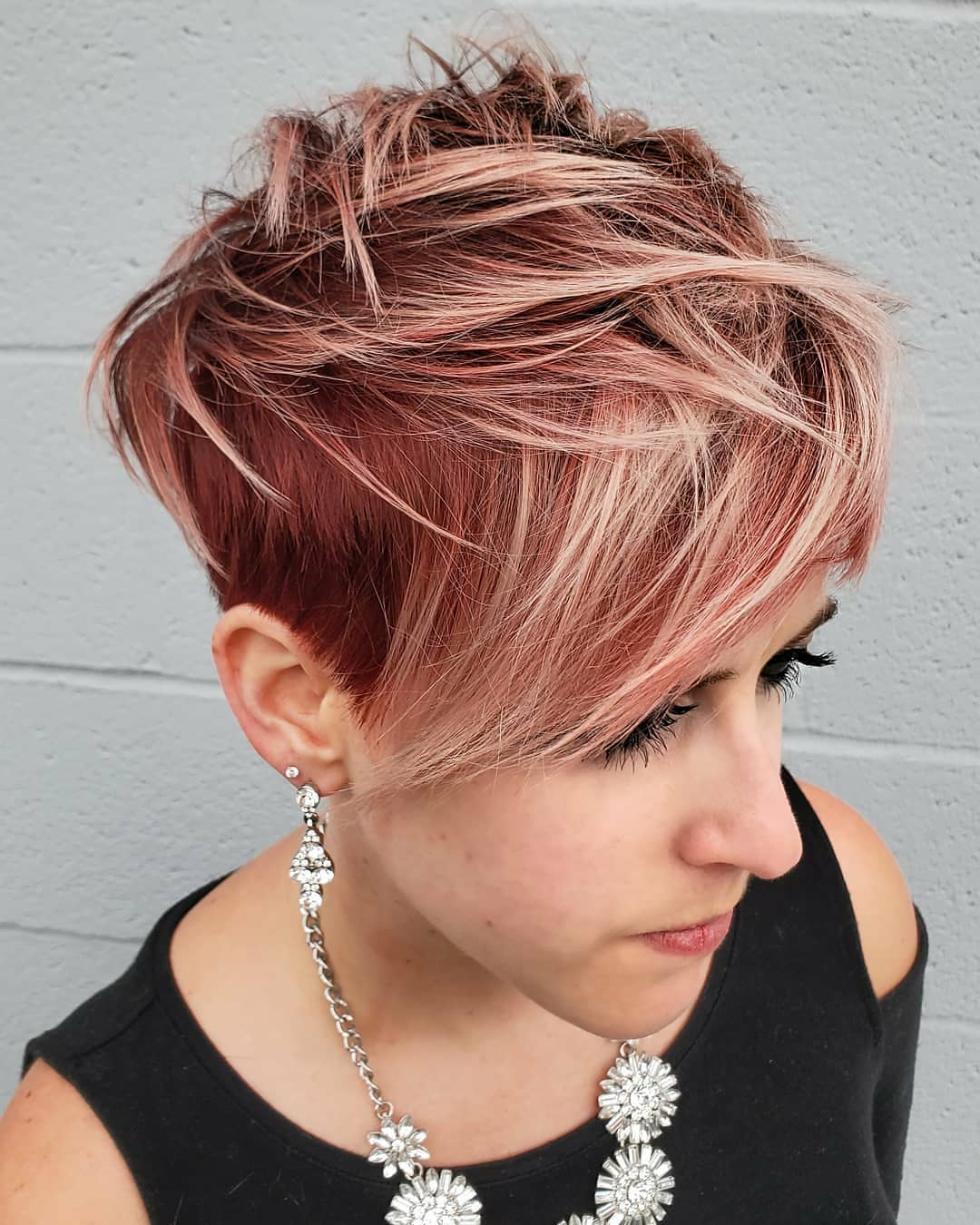 100+ Short Hairstyles and Haircuts You Need to Try in 2020 images 1
