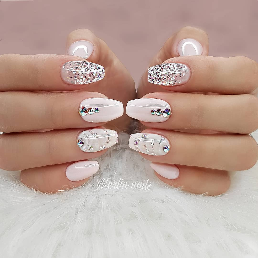 70+ Best Winter Nail Art Designs You Need to Copy images 1